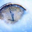 happy-new-year-2014-old-clock-in-the-snow